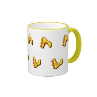Mug with walking feet