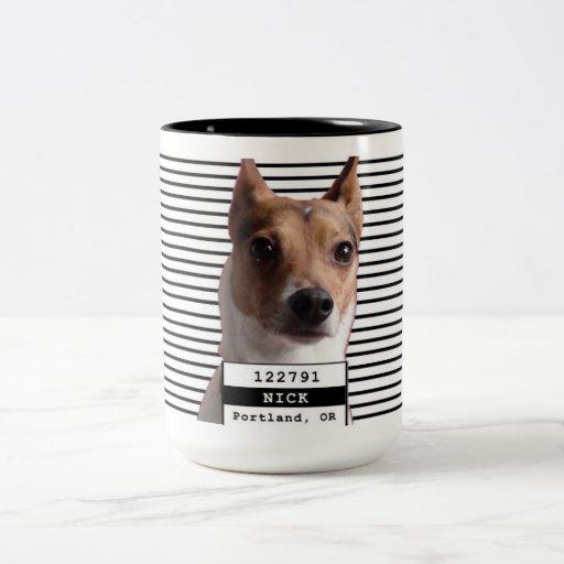 Mugshot Nick de la identificación del perro Taza