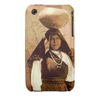 Mujer 1910 del pueblo de Isleta iPhone 3 Case-Mate Cárcasas