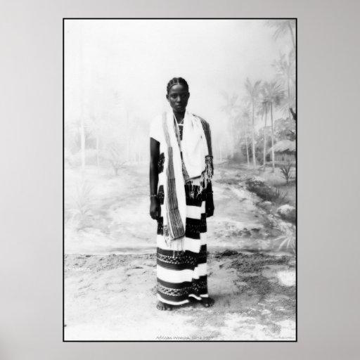 MUJER AFRICANA CIRCA 1900 POSTERS