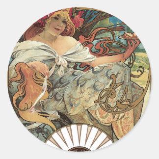 Mujer Alfonso Mucha del Victorian de Nouveau del Etiqueta Redonda