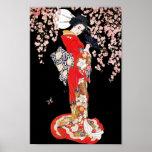 Mujer asiática con noche de la flor de cerezo poster