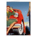 Mujer auto del vintage del anuncio retro del kitsc tarjetón
