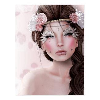 Mujer bonita con los ojos de hadas postal