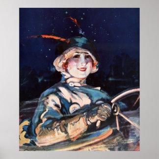 Mujer bonita que conduce el coche, los años 20 póster