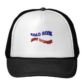mujer caliente de la cerveza fría gorra