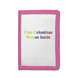 Mujer colombiana linda dentro