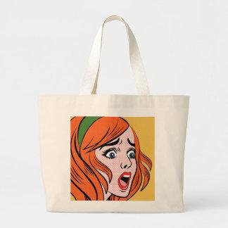 Mujer cómica retra del estilo en un pánico bolsa lienzo