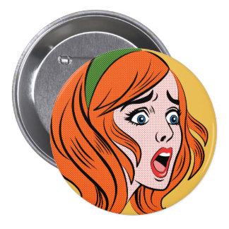 Mujer cómica retra del estilo en un pánico pin redondo 7 cm