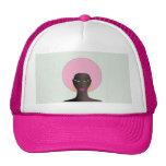 Mujer con Afro rosado y arte abstracto de los ojos Gorro