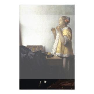 """Mujer con el collar de la perla de Juan Vermeer Folleto 5.5"""" X 8.5"""""""