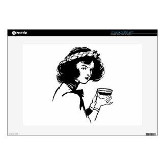 Mujer con la imagen del vintage de la taza que ust calcomanía para portátil