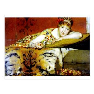 Mujer con la pintura de la piel del tigre postal