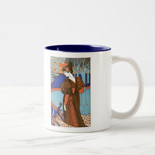 Mujer con los pavos reales - Louis Rhead Taza De Café