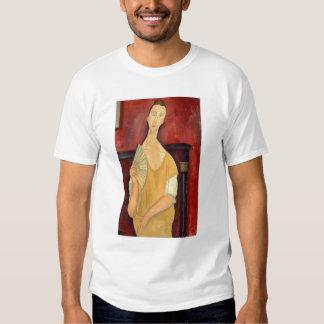 Mujer con una fan 1919 camisas