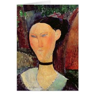Mujer con una tirilla de la camisa del terciopelo, tarjeta de felicitación