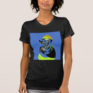 Mujer de colores remeras
