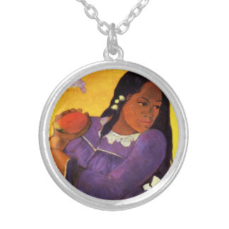 Mujer de Gauguin con un collar del mango