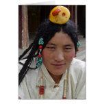 Mujer de Kham en la tarjeta de felicitación del mo