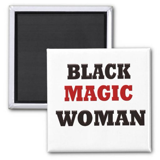 Mujer de la magia negra imanes de nevera