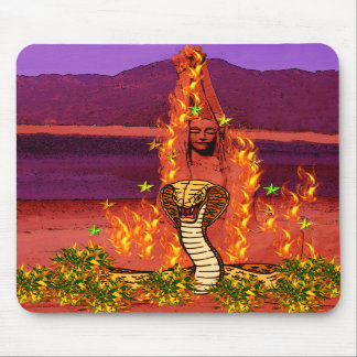 Mujer de la serpiente del fuego tapetes de raton
