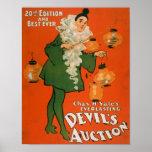 Mujer de la subasta del diablo en el teatro 3 del  posters