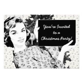 mujer de los años 50 con una muestra V2 del navida