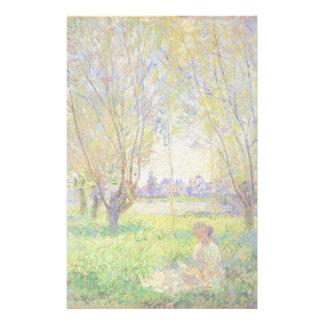 Mujer de Monet asentada bajo bella arte de los Papelería Personalizada