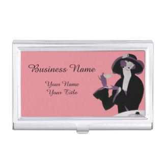 Mujer del art déco del vintage, té de tarde y caja de tarjetas de negocios