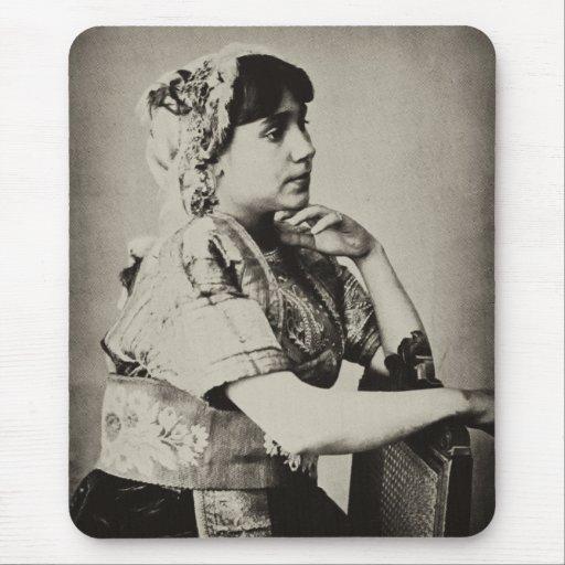Mujer del Moorish, Tánger, Marruecos, 1898 Tapetes De Ratón