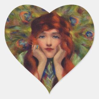 Mujer del pavo real del vintage colcomanias corazon