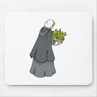 Mujer del peregrino con maíz alfombrilla de ratones
