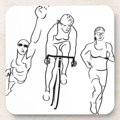 Mujer del Triathlon del funcionamiento de la bici  Posavaso
