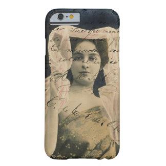 Mujer del vintage con el caso del iPhone 5 de la Funda Para iPhone 6 Barely There