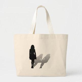 Mujer desaparecida de la mujer bolsas
