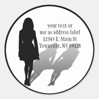 Mujer desaparecida de la mujer etiqueta redonda