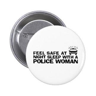 Mujer divertida de la policía pin redondo de 2 pulgadas