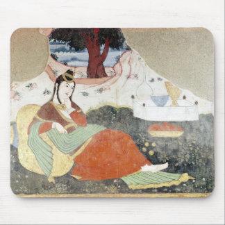Mujer en el jardín de Shah Abbas I Tapete De Ratón