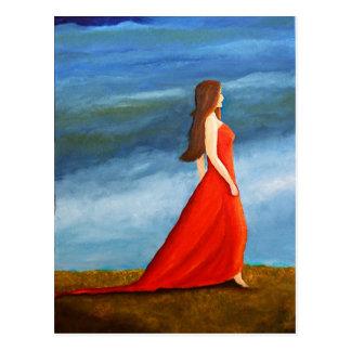 Mujer en el vestido rojo tarjeta postal