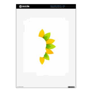 Mujer en las hojas del verde y del amarillo skins para iPad 2