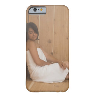Mujer en sauna funda para iPhone 6 barely there