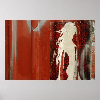 Mujer en una dirección roja posters