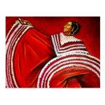 Mujer en vestido rojo postal