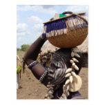 Mujer etíope 6 tarjeta postal