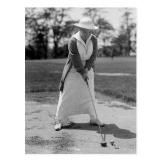 Mujer Golfing, los años 10 del vintage Tarjeta Postal