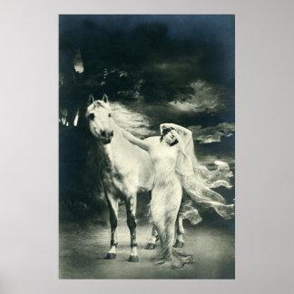 Mujer gótica con el caballo blanco impresiones