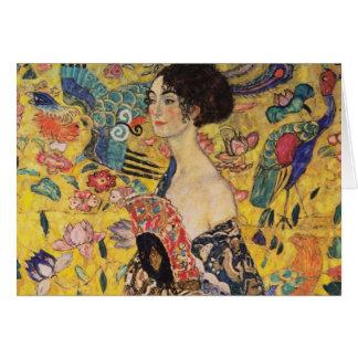 Mujer hermosa con la fan por Klimt Tarjeta De Felicitación