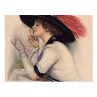 Mujer hermosa que vota - moda del sufragio del vin postales