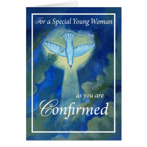 Mujer joven 4050 confirmada tarjeta de felicitación