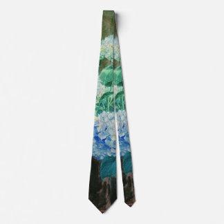 Mujer joven con los Hydrangeas 1900 Corbatas Personalizadas